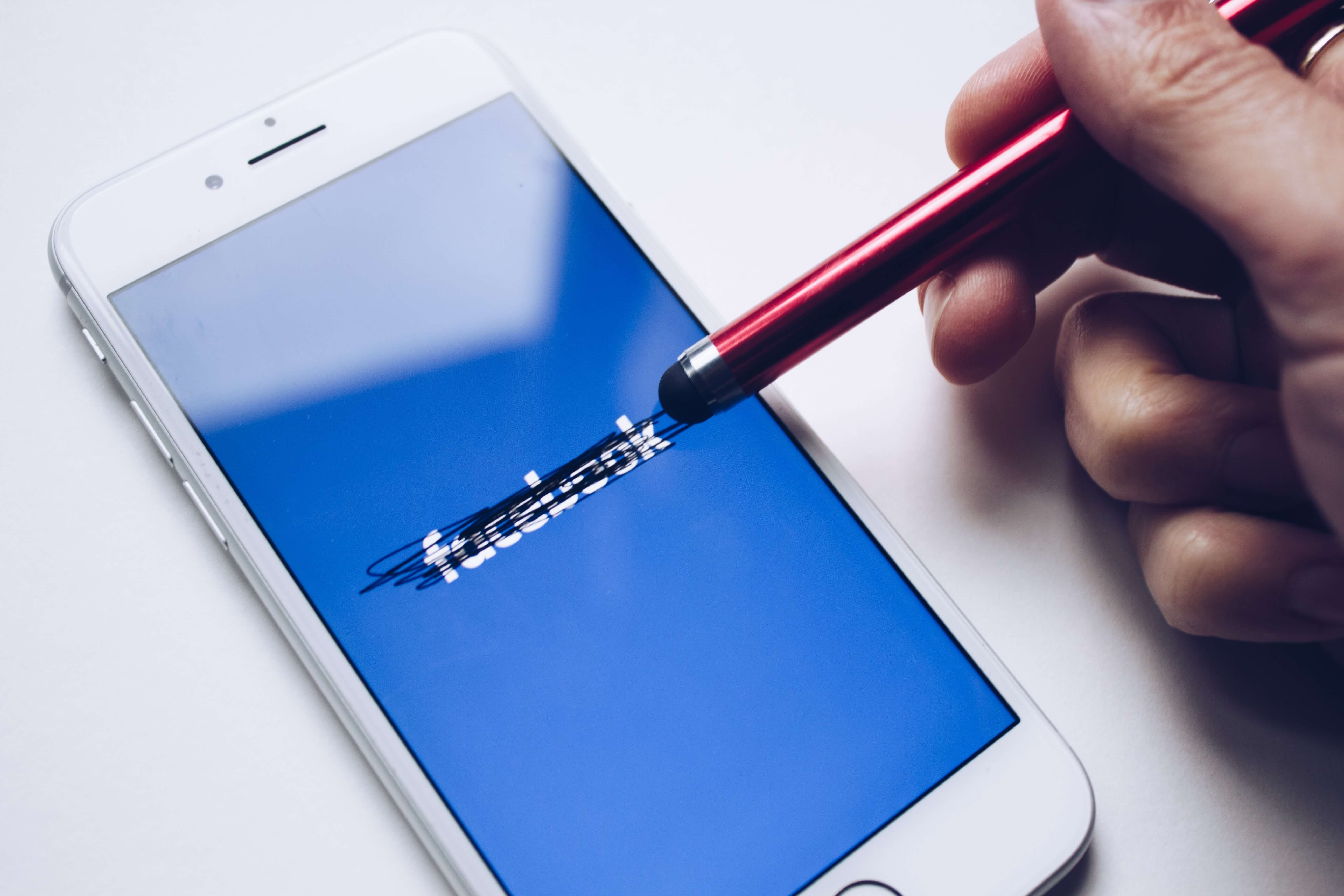 28 février : Journée mondiale sans Facebook